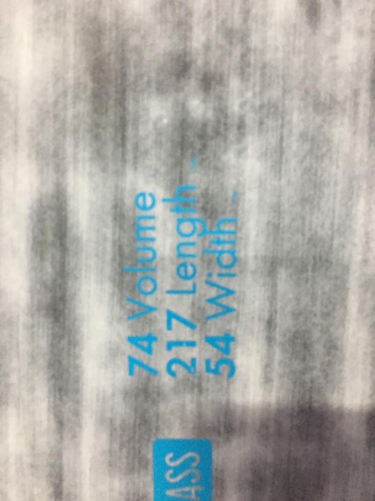 Tabla windsurf quatro cube 74L 217 x 54