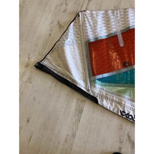 Vela de windsurf segunda mano Goya Fringe 4.5 vista parte superior