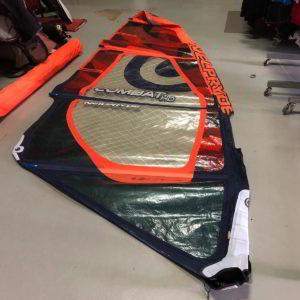 Vela de windsurf segunda mano Neilpryde Combat HD 4.2 vista entera