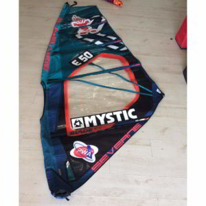 Vela de windsurf segunda mano Severne blade 3.7 vista entera