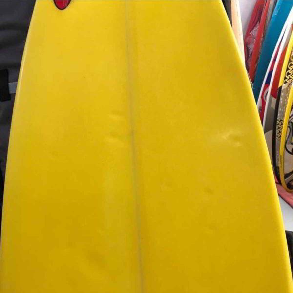 Tabla de surfkite Amundson Custom vista trasera medio superior