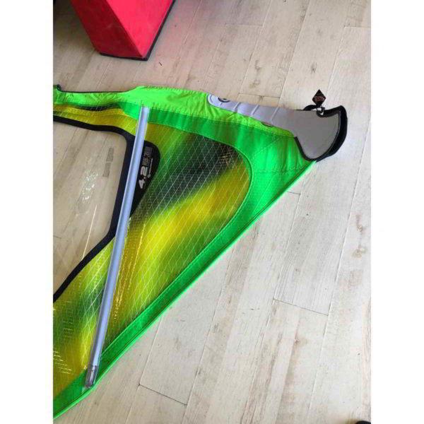 Vela de windsurf segunda mano Neilpryde The Fly 2 4.2 vista parte inferior