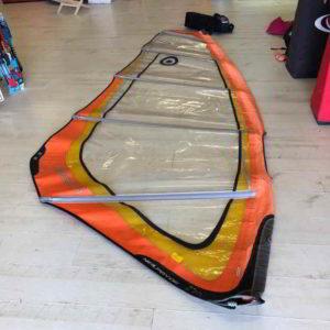 Vela de windsurf segunda mano Neilpryde Search 4.2 vista completa