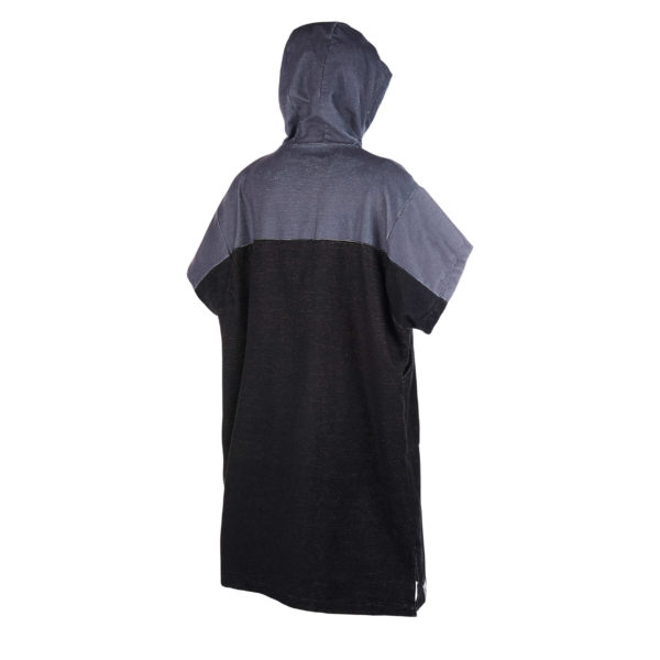 Poncho Mystic Regular black/grey por detras